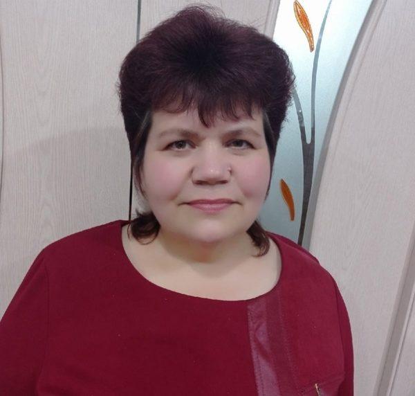"""""""ИҖАТ – МИНЕМ НУРЛЫ КЫЙБЛАМ"""", – ди Венера Әхмәтҗанова"""